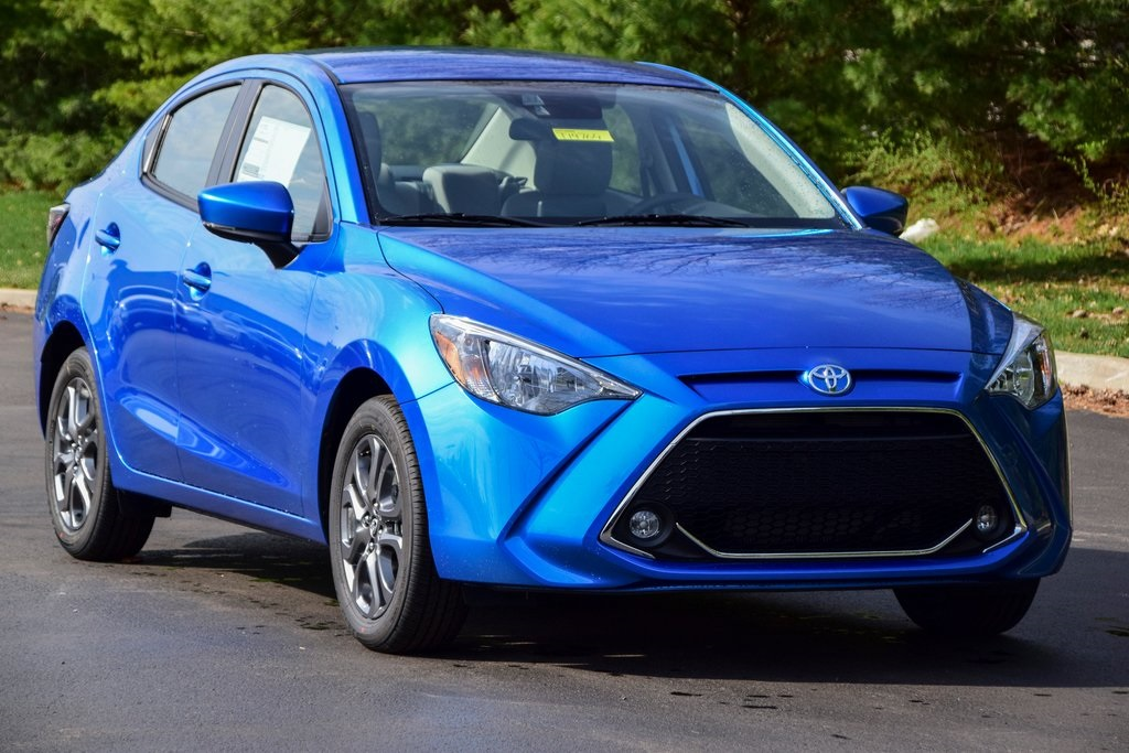 New 2019 Toyota Yaris LE