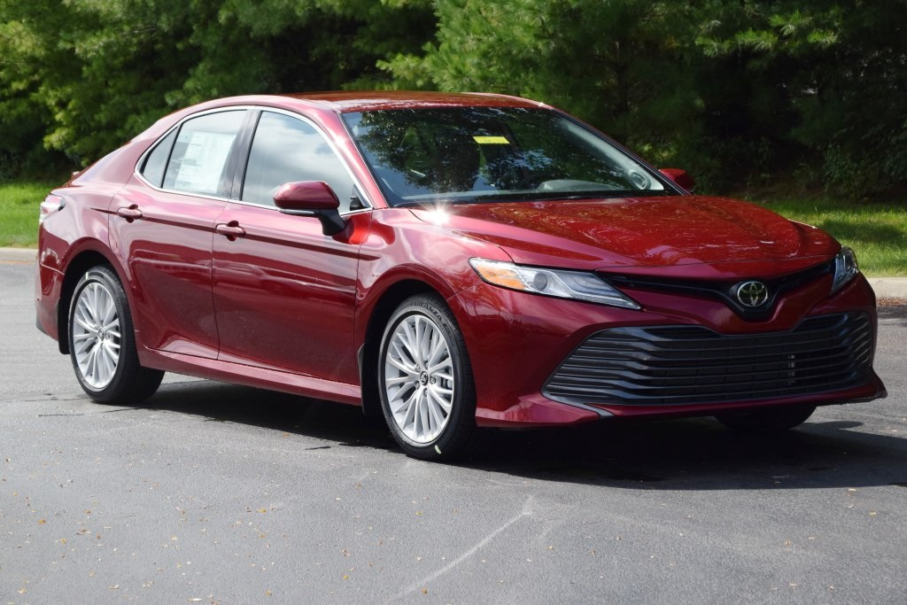 New 2019 Toyota Camry Xle 4d Sedan In Boardman T19074