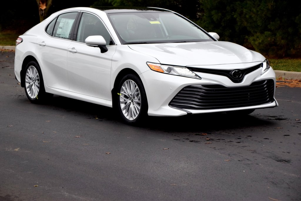 New 2019 Toyota Camry Xle 4d Sedan In Boardman T19244